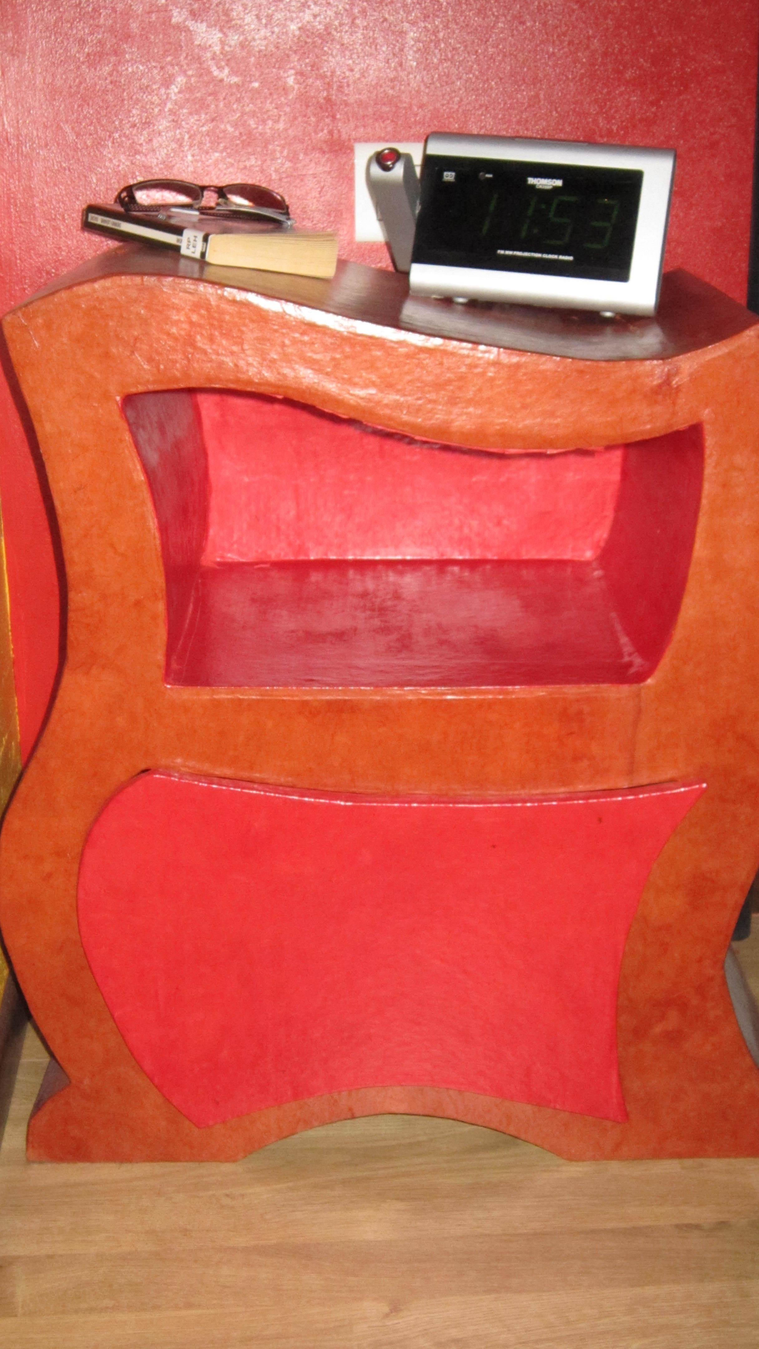 Mes premiers meubles en carton cartonrecup for Finition meuble en carton
