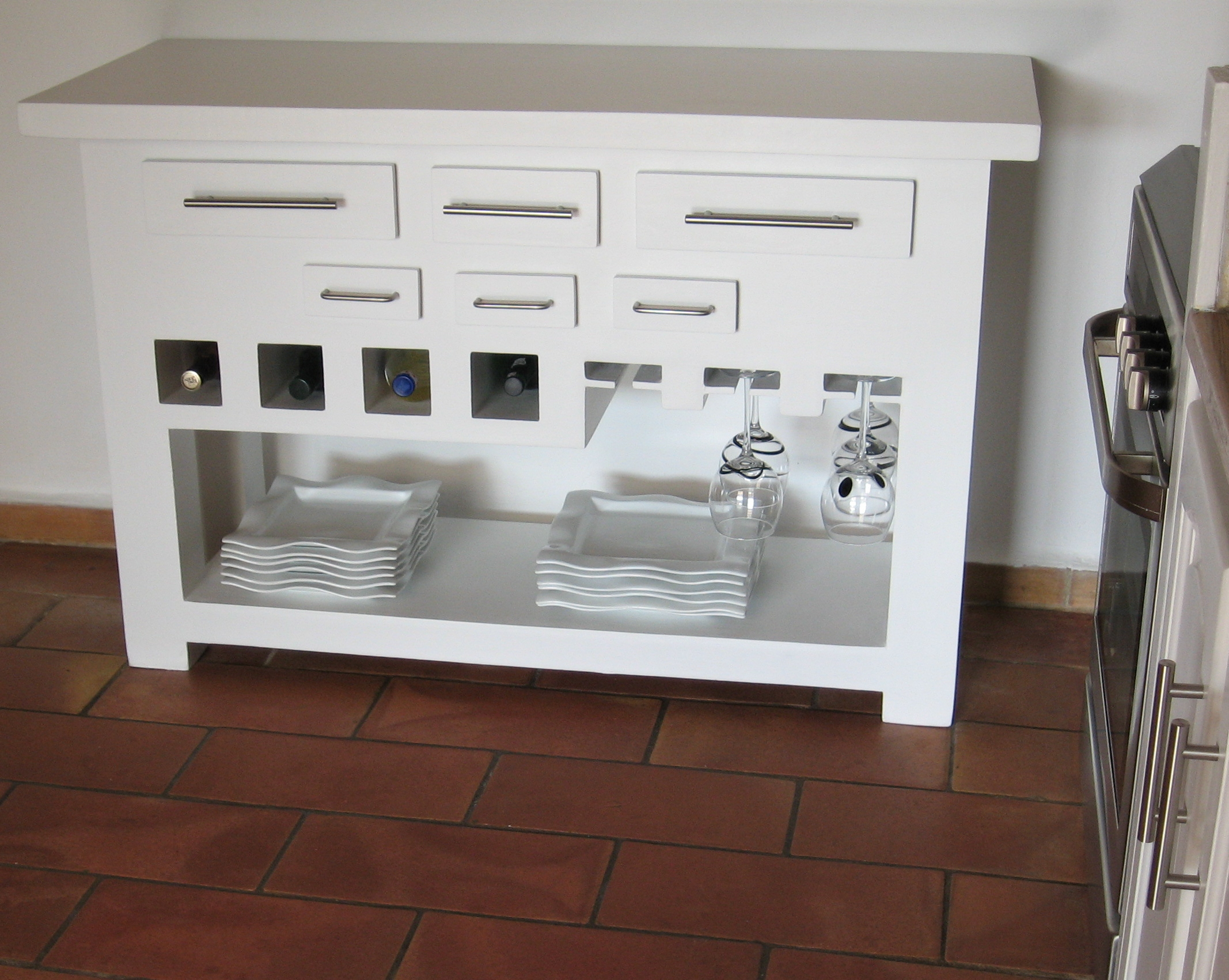 La fabrication de meuble en carton par mariekrtonne for Meuble de cuisine table