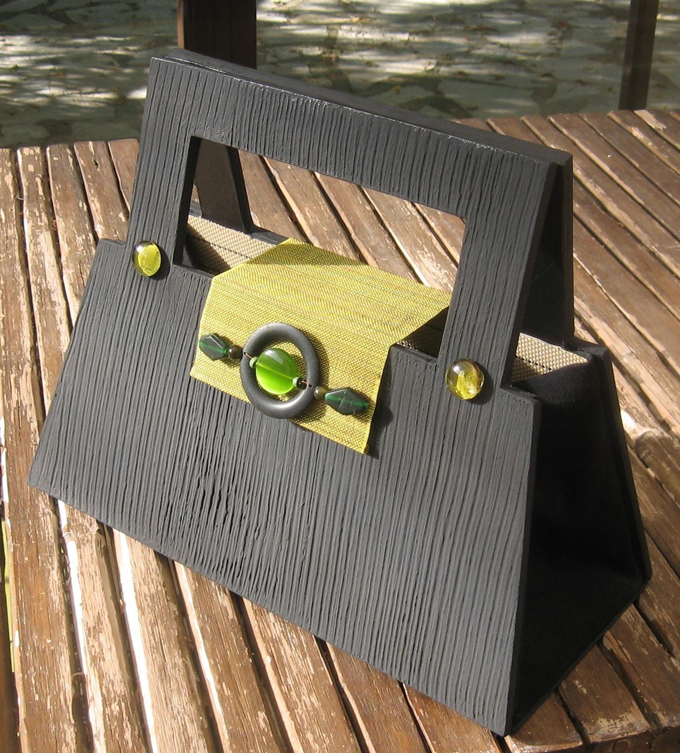 la fabrication de meuble en carton par mariekrtonne cartonrecup. Black Bedroom Furniture Sets. Home Design Ideas