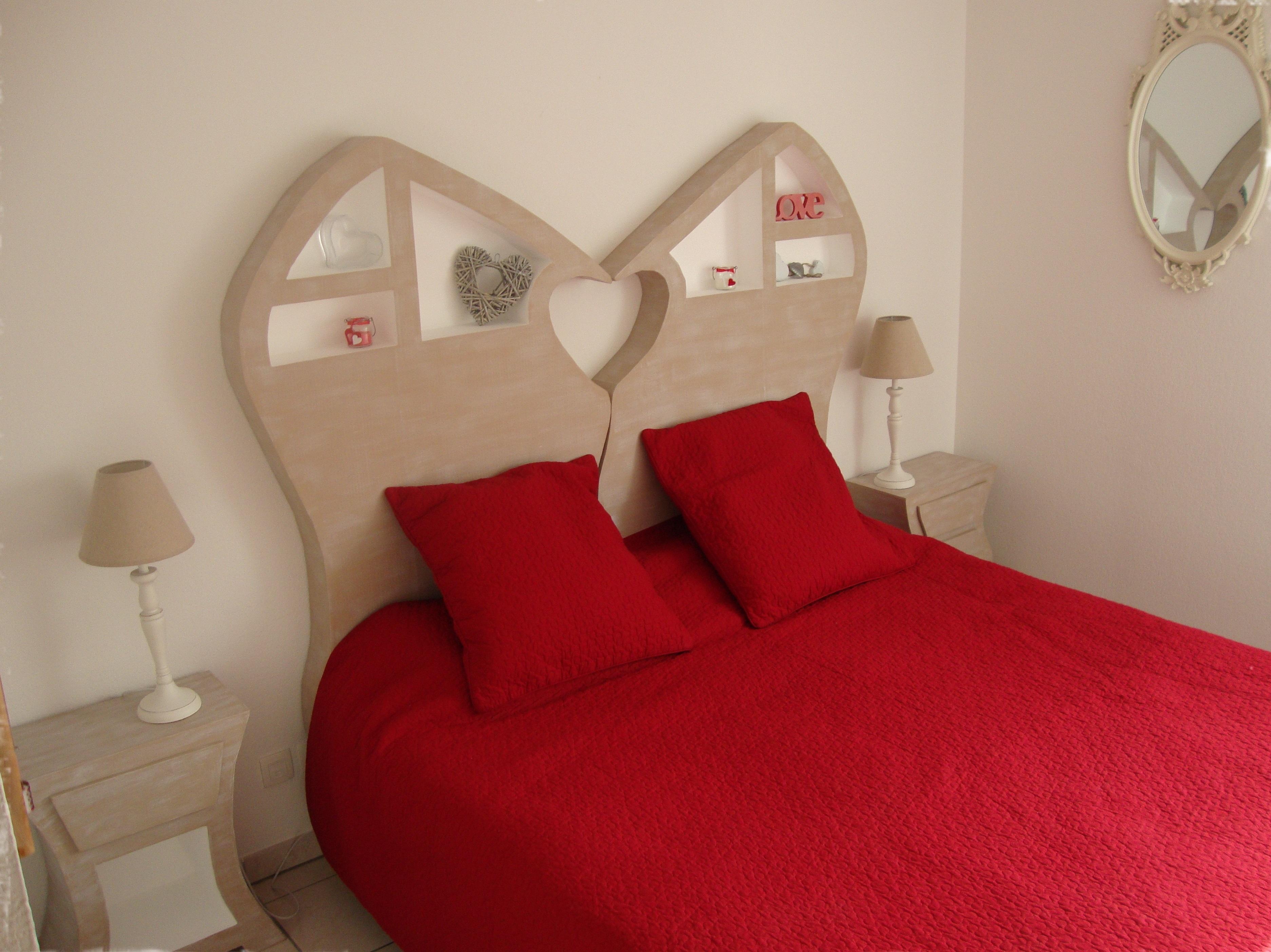 Tete de lit en forme de coeur - Tete de lit en forme de coeur ...