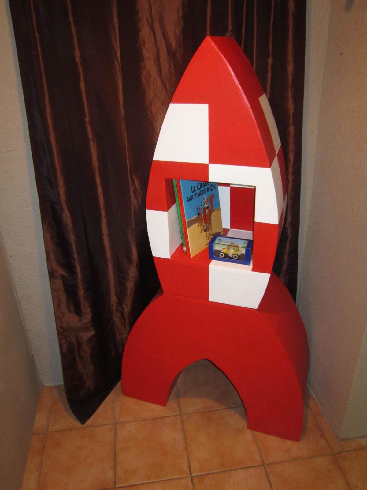 Fusee tintin en carton cartonrecup for Construire meuble en carton