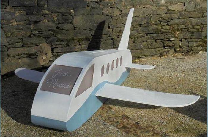 Cagnotte avion en carton_opt