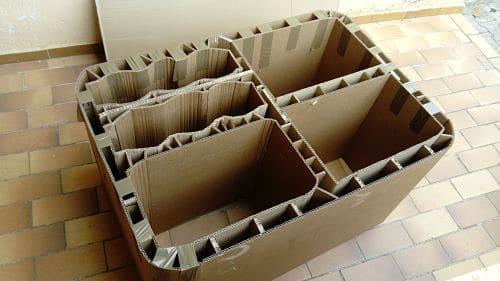 Avancée du meuble en carton